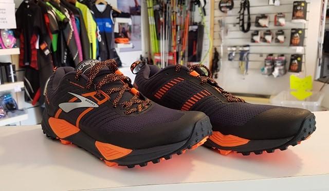 Test Chaussures Cascadia Run Brooks 13 Alp FAFwrfdq